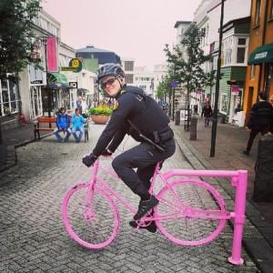 police-instagram-logreglan-reykjavik-iceland-2-605x605